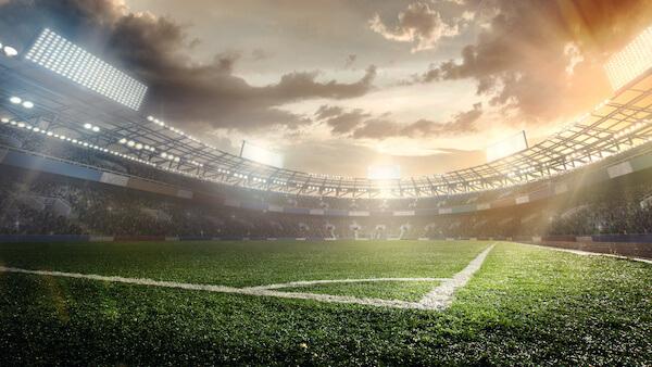Fußballstadion - mit Flutlicht beleuchtet